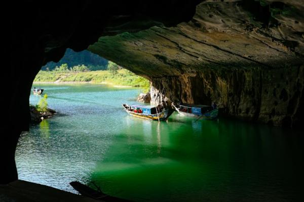Phong Nha 01